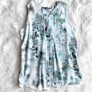 Floral Sleeveless Blouse
